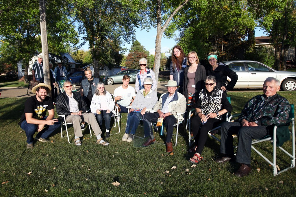 Students from the University of Alberta spent an evening getting to know neighbours during a community barbecue on September 10th 2015 (credit: Amielle Christopherson, the Camrose Canadian)